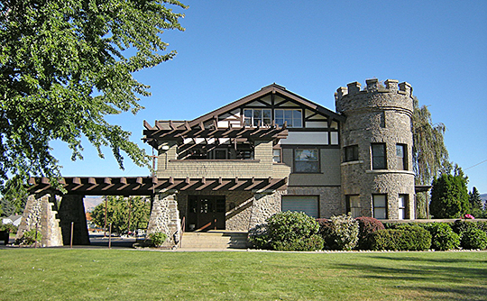 Wells House, ca. 1909, 1300 5th Street, Wenatchee, WA, National Register