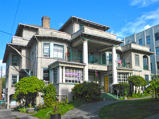 Dr. William H. & Frances C. Axtell House (Axtell Apartments), 413 East Maple Street, Bellingham, WA, National Register