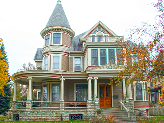 Will Ott House, ca. 1897, 1532 Madison Street, La Crosse, WI, National Register