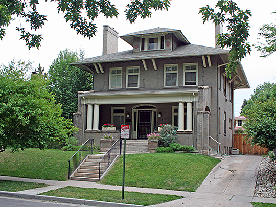 Johnston-Felton-Hay House (Hay House) ca. 1857, Gerogia Avenue, Macon, GA