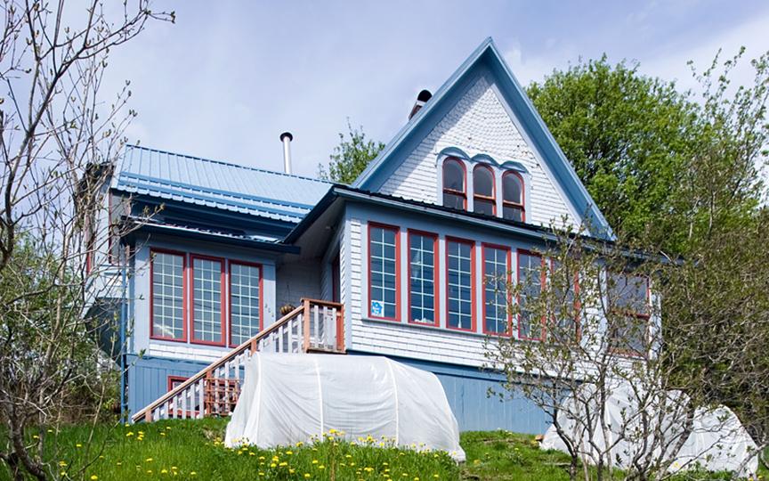 J M Davis House