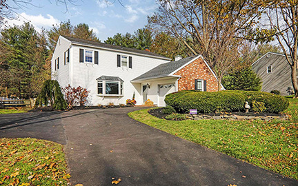 Just Listed in Yardley Hunt