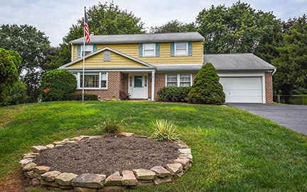 Just Sold in Makefield Brook